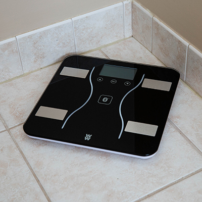 CONAIR<sup>&reg;</sup> Weight Watchers<sup>&reg;</sup> Scale - This body analysis scale offers weight and body monitoring including body fat, body water, bone mass, muscle mass and BMI.  Also connects via Bluetooth<sup>&reg;</sup> to the Weight Watchers<sup>&reg;</sup> Scales by Conair<sup>&reg;</sup> app.  And you can sync your data with Weight Watchers<sup>&reg;</sup>, Apple<sup>&reg;</sup> Health, Google Fit<sup>&reg;</sup> and similar apps. Works with iOS and Android, however a smart device is not needed to use this scale. Requires 3 AAA batteries (batteries included).